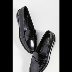 Micheal Kors Buchanan black patent leather loafer